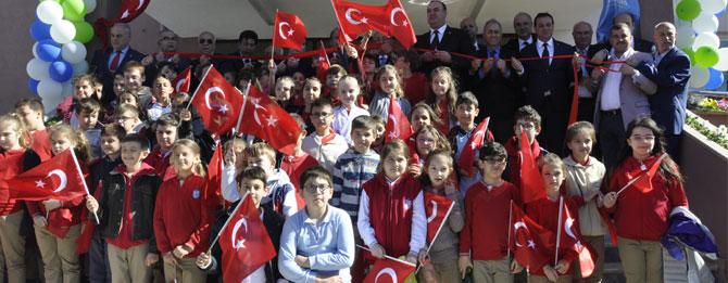 Cumhuriyet İlkokulu teslim edildi