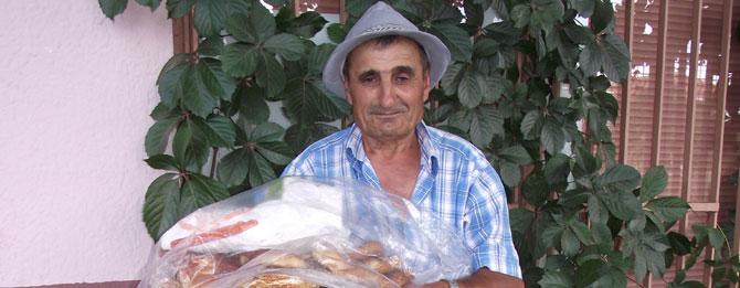 Aşırı Sıcaklarda Simitçi Behzat'ın Ekmek Mücadelesi