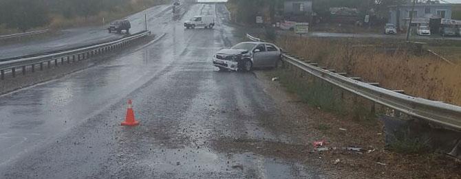 Yeşilsırt'ta kaza 2 yaralı