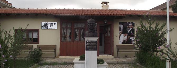 Muratlı Atatürk Evi'ne Sahip Çıkılsın
